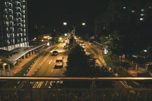 深夜の道路