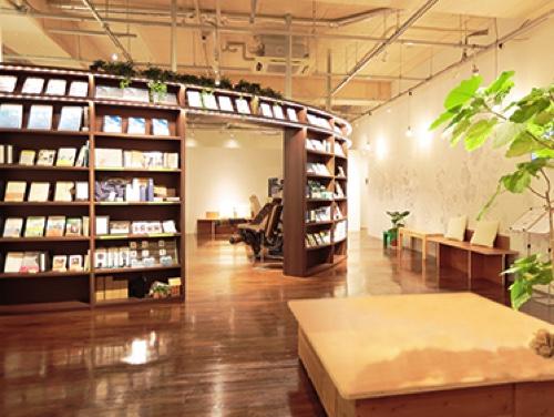 ツタヤコンディショニング桜新町店ブックラウンジ画像