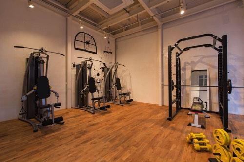 RE:LY FITNESS UNITED 神戸元町店の画像